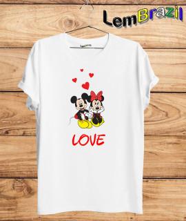 Camiseta Mickey e Minnie LemBrazil. Camiseta 100% Algodão personalizada com Impressão Digital garantindo maior durabilidade e conforto!